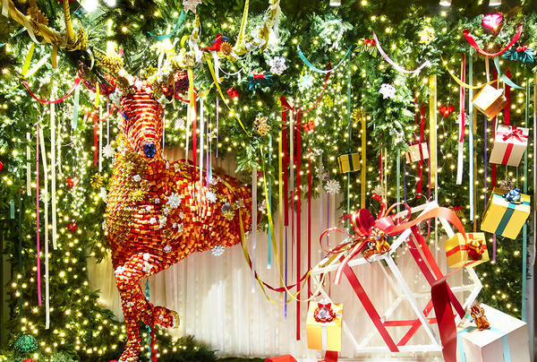 松屋銀座 クリスマスディスプレー 「銀座の街から世界へ」
